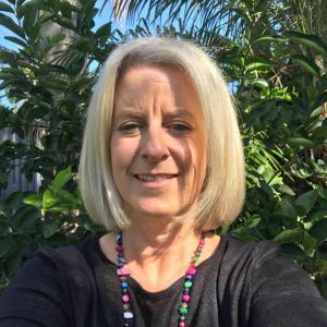 Mrs Fiona Biedermann
